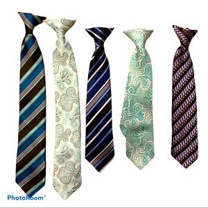 5 Clip on ties for boys Excellent condition